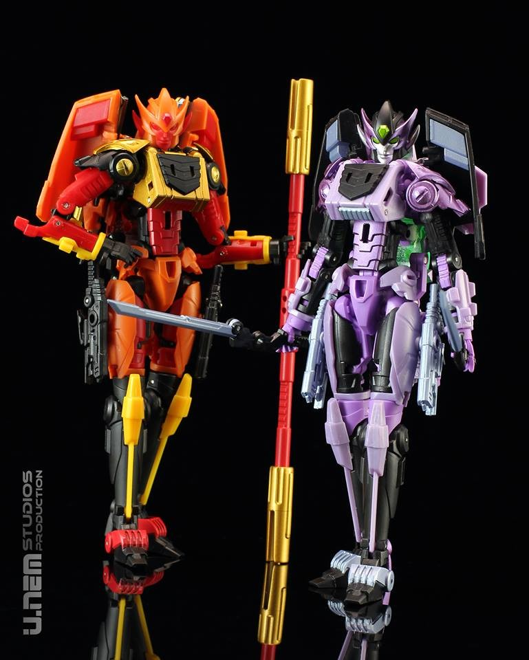 Mastermind Creations Feral Queen / Nero Queen 2 Pack Exclusive