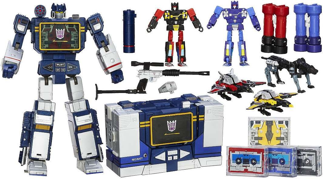 BRAND NEW - Transformers Masterpiece Soundwave & 5 Tapes