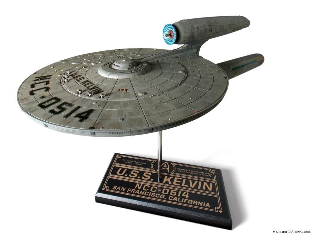 Moebius Models Star Trek 1:1000 U S S Kelvin Model Kit