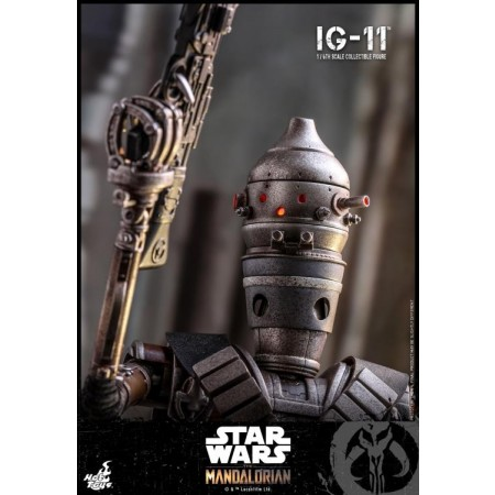 Hot Toys Star Wars The Mandalorian IG-11 1/6th Scale Figure