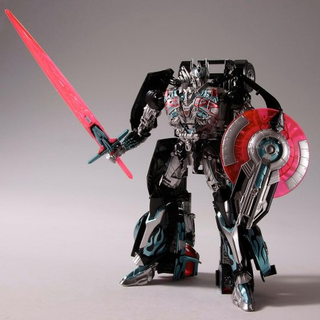 Transformers Lost Age Advanced Black Knight Optimus Prime