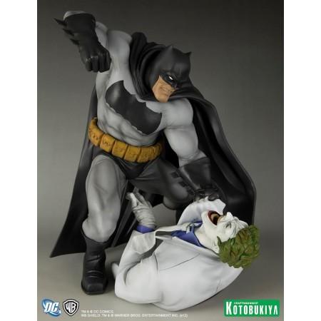 Kotobukiya ARTFX del Dark Knight Returns Batman Vs Joker estatua