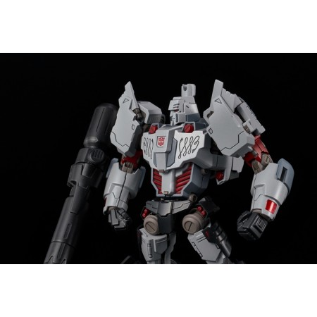 Flame Toys Furai Model IDW Megatron ( Autobot Version )