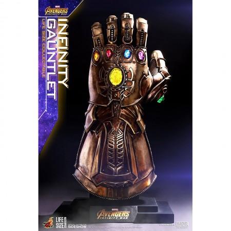 Hot Toys Avengers Infinity War 1/1 Scale Infinity Gauntlet Prop Replica
