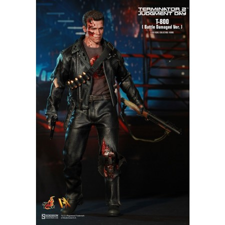 Hot Toys Terminator 2 DX13 Battle Damaged T-800 1/6 Scale Action Figure