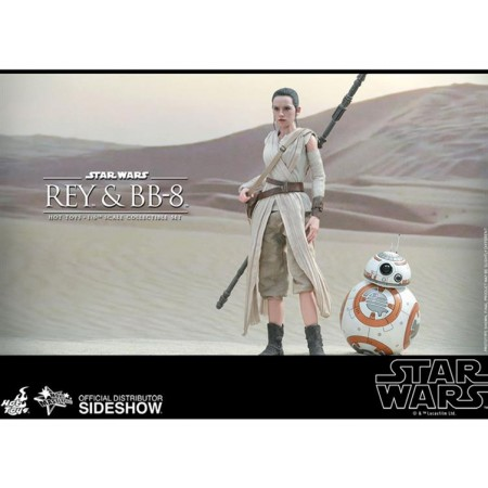 Hot Toys Star Wars The Force Awakens Rey & BB8 1/6th Scale Action Figure