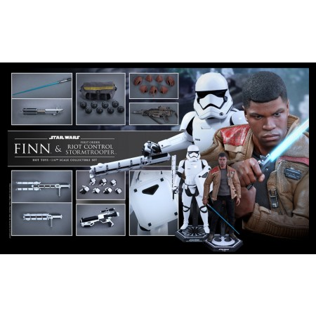 Hot Toys Star Wars Finn & Riot Control Stormtrooper 1/6 Scale Figures