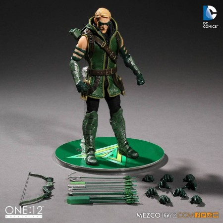 Mezco One:12 Collective Green Arrow Action Figure