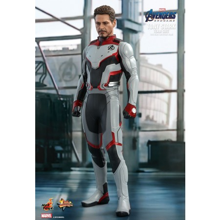 Hot Toys Avengers: Endgame Tony Stark (Team Suit) 1/6th Scale Collectible Figure