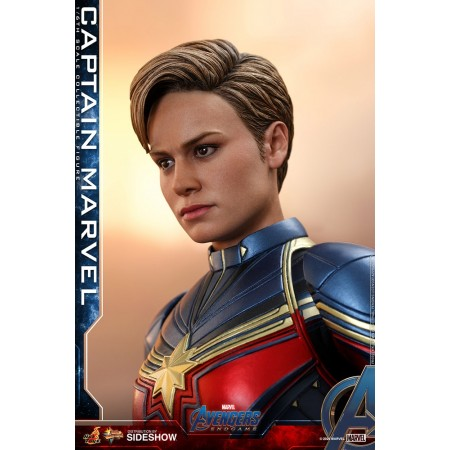 Hot Toys Avengers Endgame Captain Marvel
