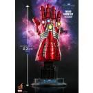 Juguetes calientes Vengadores: Endgame nano guanteletes (versión de Hulk) 1/4th escala coleccionables