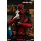 Hot Toys Deadpool 2 Deadpool 1/6 Scale Figure